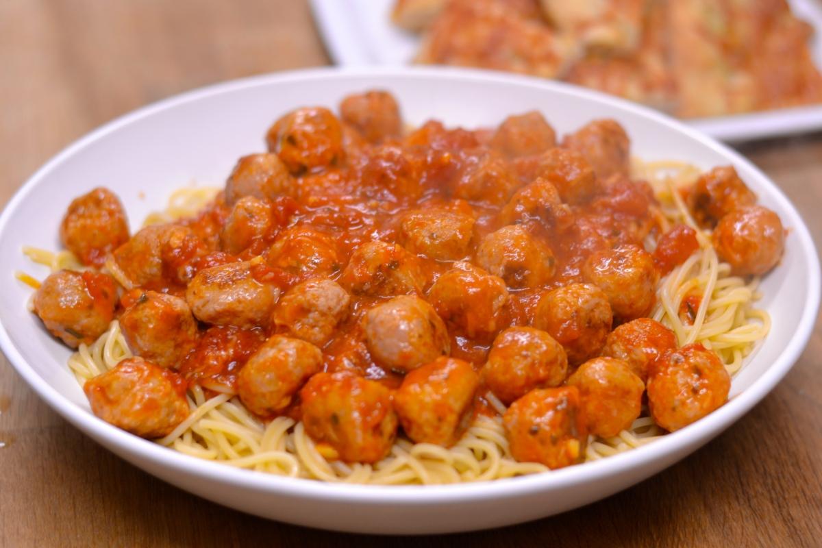Sausage Meatball Spaghetti