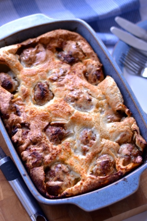 Toad In The Hole - Gorgeous little patties of sausage meat, apple and sage, cocooned within soft pillows of Yorkshire pudding. Winner! | thehecticcook.com