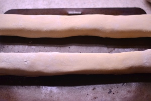 Homemade Sausage Rolls - You haven't had a sausage roll until you've had a homemade sausage roll! | thehecticcook.com
